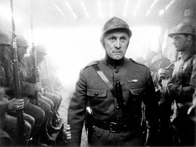 Kirk douglas, el action man de los 50 (Paths of glory, 1957)